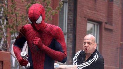 Spider-man, Human body, Textile, Red, Standing, Human leg, Fictional character, T-shirt, Shorts, Carmine,