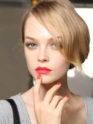 Nose, Finger, Lip, Hairstyle, Skin, Chin, Forehead, Eyelash, Eyebrow, Beauty,