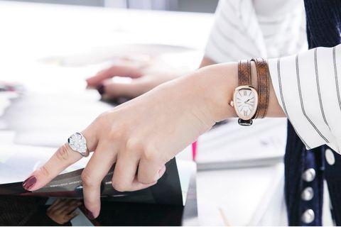 Finger, Wrist, Watch, Hand, Fashion accessory, Analog watch, Nail, Fashion, Watch accessory, Metal,