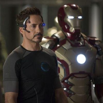 Technology, Fictional character, Hero, Machine, Movie, Action film, Armour, Superhero, Robot, Astronaut,