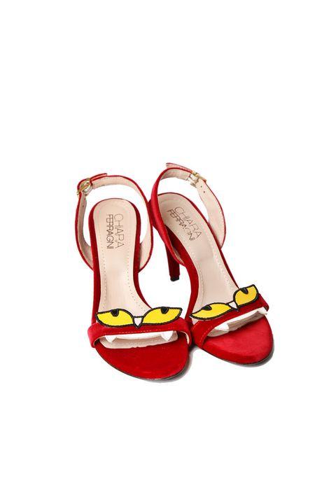 Footwear, Carmine, Tan, Dancing shoe, Fashion design, Walking shoe, Ballet flat, Dress shoe,