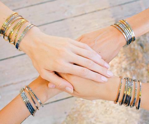 Bracelet, Jewellery, Fashion accessory, Finger, Bangle, Yellow, Hand, Arm, Wrist, Turquoise,