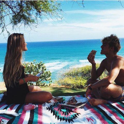 Vacation, Summer, Sky, Fun, Leisure, Sea, Picnic, Tree, Sun tanning, Happy,