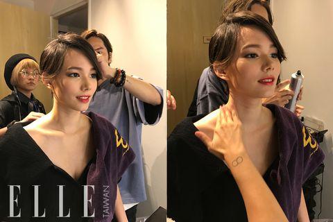 Head, Ear, Hairstyle, Eyelash, Fashion accessory, Style, Hair accessory, Fashion, Beauty, Youth,