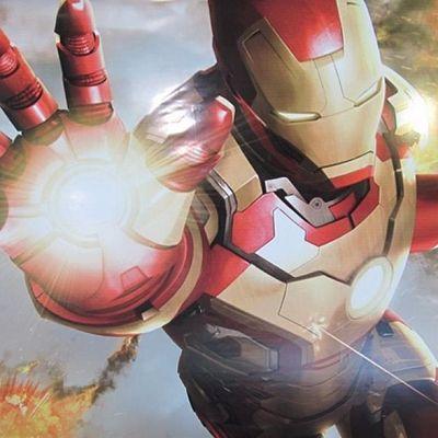 Red, Fictional character, Armour, Carmine, Iron man, Mecha, Toy, Avengers, Hero, Robot,