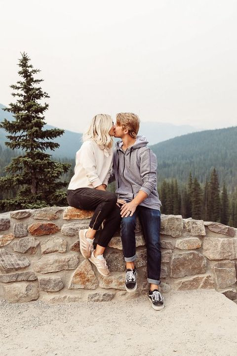 Photograph, White, People, Tree, Vacation, Photography, Fun, Footwear, Outerwear, Leisure,