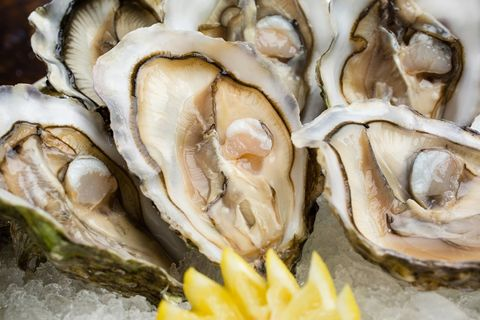 Yellow, White, Ingredient, Natural material, Grey, Close-up, Peach, Bivalve, Shell, Molluscs,
