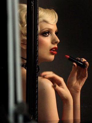 Lip, Eyebrow, Eyelash, Beauty, Eye shadow, Eye liner, Cosmetics, Model, Nail, Blond,