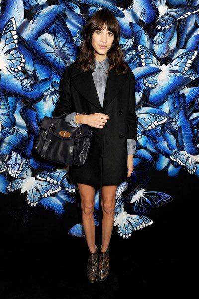 Blue, Textile, Outerwear, Coat, Style, Electric blue, Bag, Fashion, Dress, Cobalt blue,