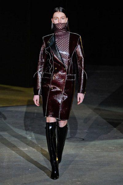 Fashion show, Outerwear, Runway, Style, Fashion model, Winter, Costume design, Jacket, Fashion, Knee-high boot,