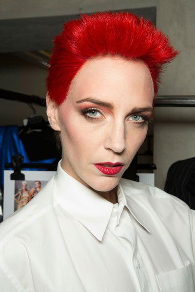 Lip, Eye, Hairstyle, Chin, Forehead, Collar, Eyebrow, Eyelash, Red, Dress shirt,