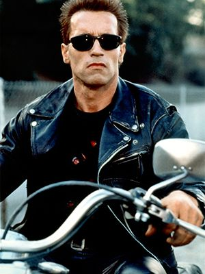 Eyewear, Vision care, Glasses, Motorcycle, Jacket, Sunglasses, Outerwear, Cool, Street fashion, Leather,