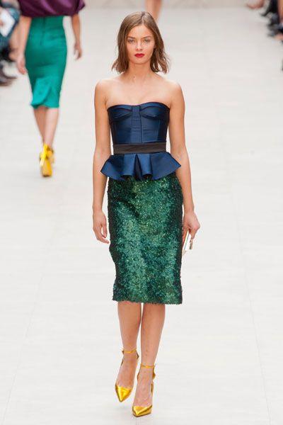 Clothing, Blue, Shoulder, Joint, Waist, Style, Street fashion, Fashion model, Dress, Strapless dress,