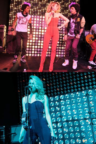 Entertainment, Performing arts, Event, Music, Stage, Performance, Music artist, Pink, Pop music, Music venue,