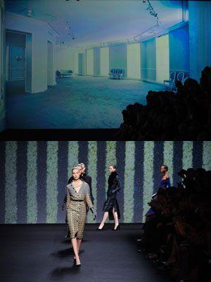 Fashion show, Dress, Runway, Fashion, Fashion model, Waist, Model, Street fashion, Fashion design, Haute couture,