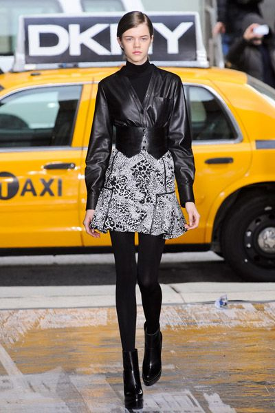 Clothing, Yellow, Outerwear, Style, Street fashion, Fashion, Boot, Leather, Vehicle door, Tights,