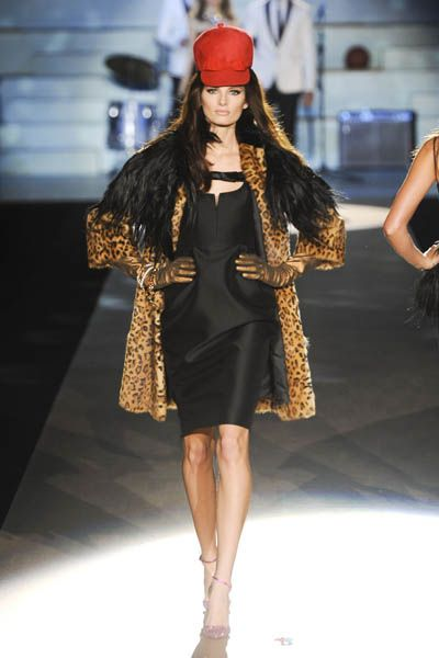 Clothing, Fashion show, Shoulder, Outerwear, Dress, Fashion accessory, Runway, Fashion model, Style, Street fashion,