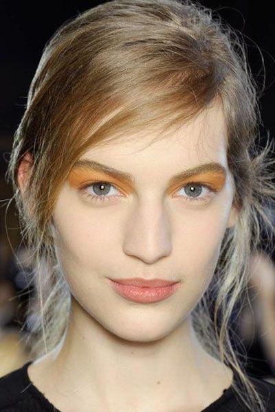Hair, Mouth, Lip, Hairstyle, Chin, Forehead, Eyebrow, Eyelash, Style, Jaw,