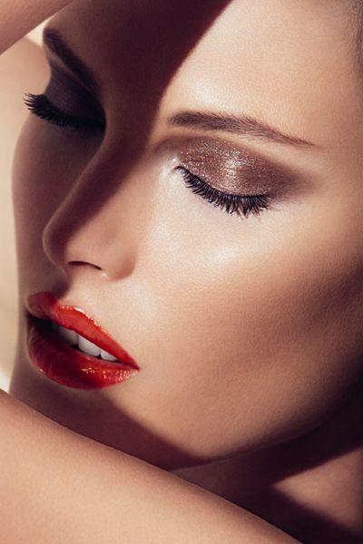 Lip, Cheek, Skin, Forehead, Eyebrow, Eyelash, Eye shadow, Organ, Beauty, Carmine,