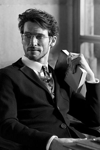 Eyewear, Glasses, Vision care, Collar, Dress shirt, Outerwear, Coat, Suit, Formal wear, Blazer,