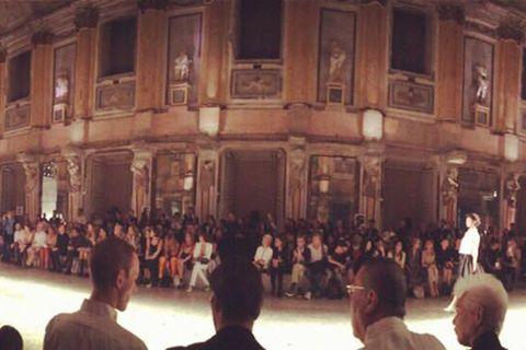People, Community, Crowd, Audience, Hall, Public event, Performance art, Theatre, Dance, Opera,
