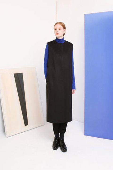 Sleeve, Collar, Standing, Formal wear, Electric blue, Cobalt blue, Knee, Overcoat, Suit trousers, One-piece garment,