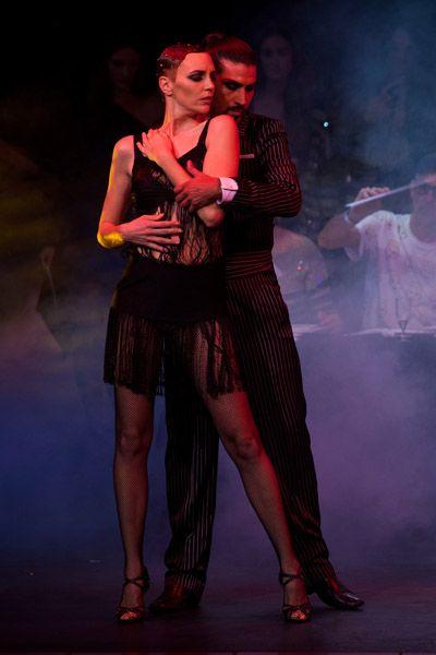 Human leg, Entertainment, High heels, Dancer, Artist, Sandal, Performance art, Dance, Dancing shoe, Stage,