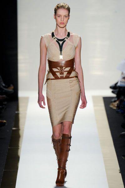 Brown, Fashion show, Shoulder, Runway, Human leg, Joint, Outerwear, Fashion model, Style, Waist,