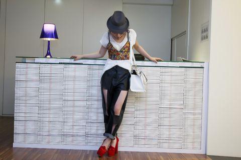 Flooring, Floor, Lamp, Style, Wood flooring, Lampshade, Laminate flooring, Hat, Hardwood, Fashion accessory,