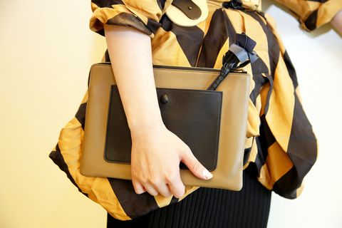 Brown, Yellow, Orange, Bag, Fashion, Luggage and bags, Shoulder bag, Tan, Fashion design, Leather,