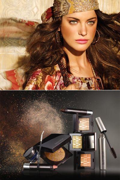 Eyelash, Fashion accessory, Hair accessory, Headgear, Headpiece, Eye liner, Body jewelry, Photography, Makeover, Cosmetics,