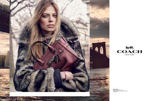Human, Textile, Winter, Style, Street fashion, Fashion, Fashion model, Fur, Flash photography, Natural material,