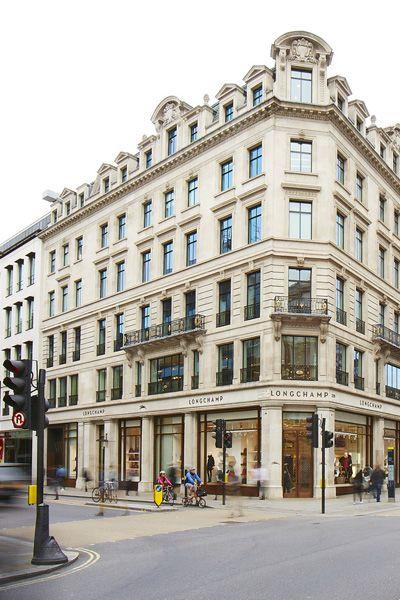Window, Facade, Street, Town, Building, Mixed-use, Commercial building, Sidewalk, Apartment, Condominium,