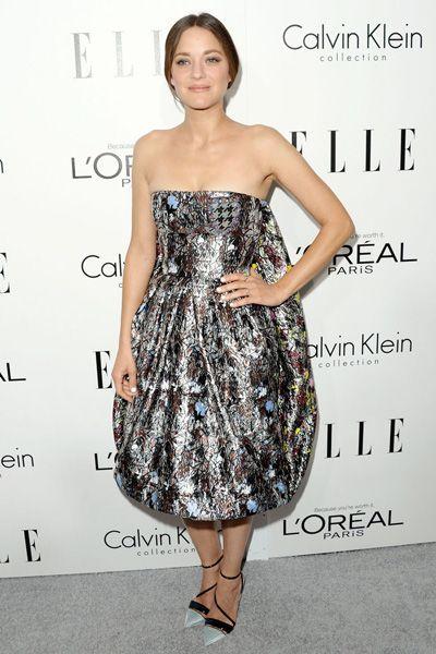 Clothing, Dress, Shoulder, Joint, One-piece garment, Pattern, Waist, Style, Formal wear, Cocktail dress,