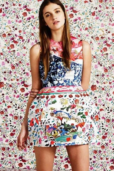Clothing, Mouth, Shoulder, Pattern, Dress, Textile, Red, Style, One-piece garment, Day dress,