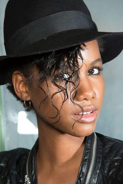 Face, Nose, Ear, Mouth, Lip, Hat, Fashion accessory, Black hair, Style, Eyelash,