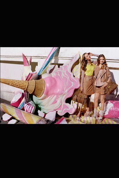 Pink, Bag, Jacket, Magenta, Luggage and bags, Handbag, Boot,
