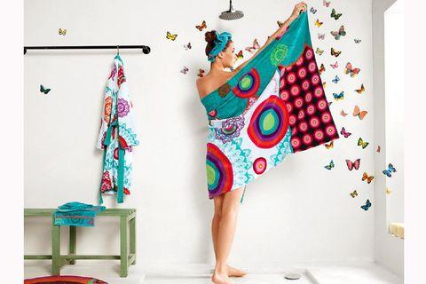 Pattern, Art, Teal, Aqua, Turquoise, Creative arts, Foot, Barefoot, Stool, Toe,