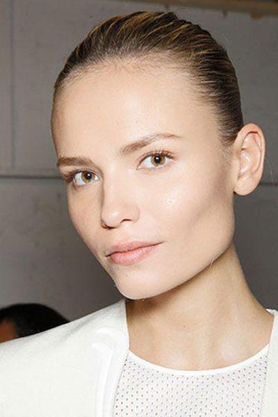 Ear, Lip, Cheek, Hairstyle, Chin, Forehead, Shoulder, Eyebrow, Eyelash, Style,