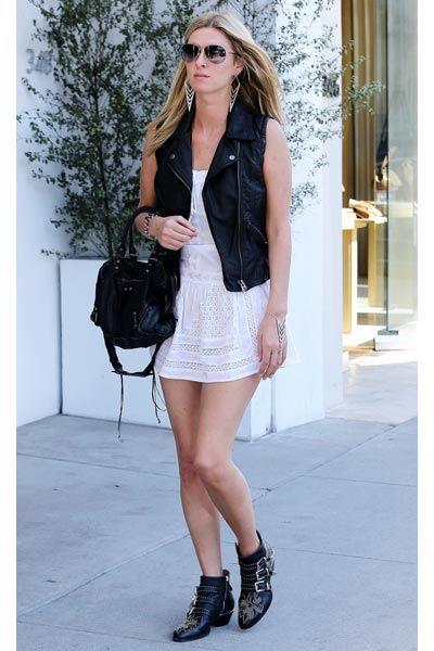Clothing, Eyewear, Brown, Shoulder, Sunglasses, Textile, Joint, Outerwear, White, Human leg,