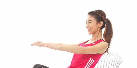 Leg, Comfort, Human leg, Shoulder, Elbow, Joint, Sitting, Style, Knee, Wrist,