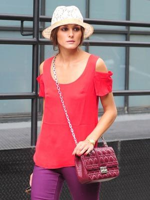 Clothing, Product, Sleeve, Shoulder, Hat, Red, Textile, Bag, Photograph, Joint,