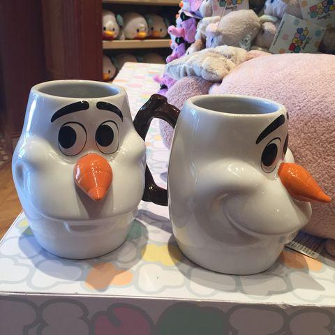 Serveware, Porcelain, Ceramic, Beak, Toy, Dishware, Stuffed toy, Pottery, Teddy bear, Bird,
