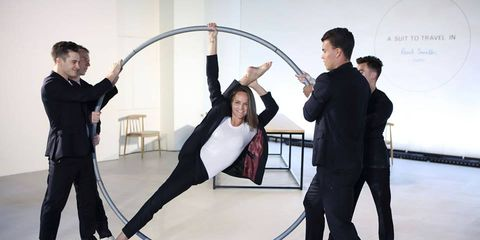Performing arts, Floor, Performance, Performance art, Parallel, Balance, Suit trousers, Choreography, Collaboration, Dance,