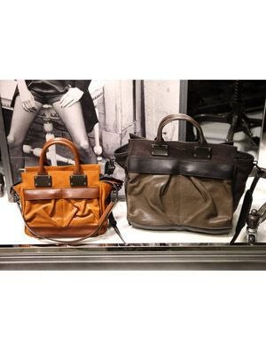 Product, Brown, Bag, Style, Luggage and bags, Leather, Shoulder bag, Strap, Fashion, Travel,