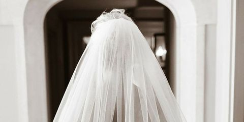 Clothing, Bridal veil, Bridal clothing, Veil, Bridal accessory, Dress, Textile, Wedding dress, Photograph, White,