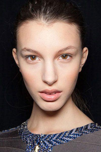 Hair, Face, Nose, Ear, Lip, Cheek, Hairstyle, Eye, Chin, Forehead,