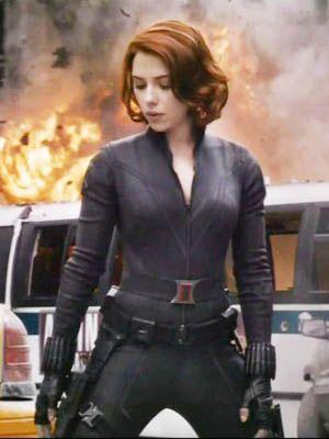 Sleeve, Collar, Photograph, Dress shirt, Waist, Blazer, Fire, Red hair, Pocket, Flame,