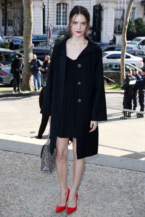 Footwear, Outerwear, Human leg, Street, Style, Coat, Bag, Street fashion, Dress, Fashion,