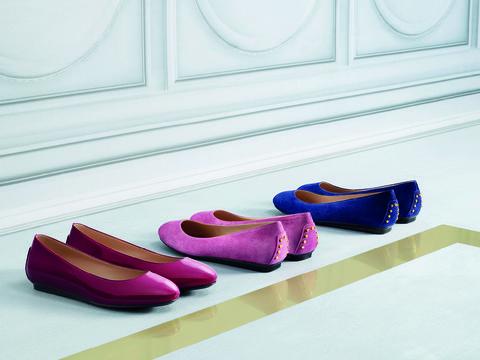 Footwear, Shoe, Pink, Carmine, Fashion, Purple, Tan, Magenta, Maroon, Dress shoe,